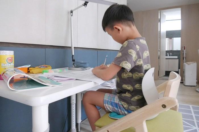 [啾團] 韓國-Curble Wider 3D護脊美學椅減少駝背機會,讓身體的自然而然挺直(Curble Kids 3D護脊美學椅)