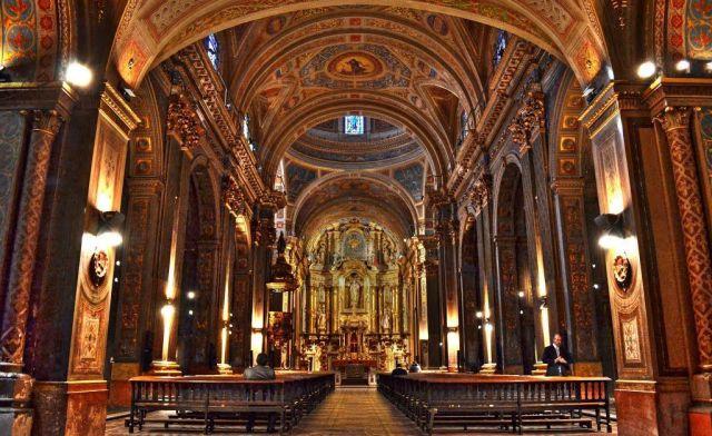 Visitá 7 Iglesias del Casco Histórico