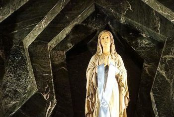 gruta de lourdes turismo religioso