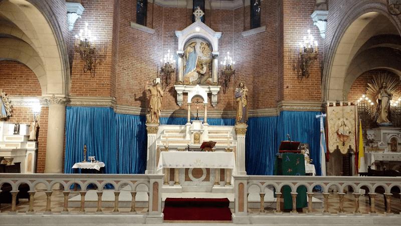 santisima altar