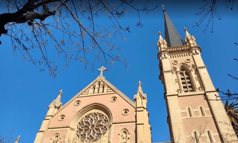 parroquia de la santa cruz torre campanario y roseton