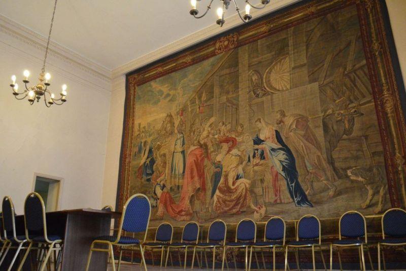 El tapiz histórico de la Conferencia Episcopal iglesia san juan bautista