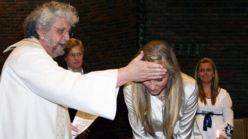 bautizando adultos en las iglesias de buenos aires