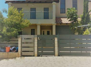 חדש להשכרה באבן יהודה בהרחבה האמריקאית- בית מהמם עם מרתף ענק וקליניקה / משרד בקומת הכניסה !!🆕