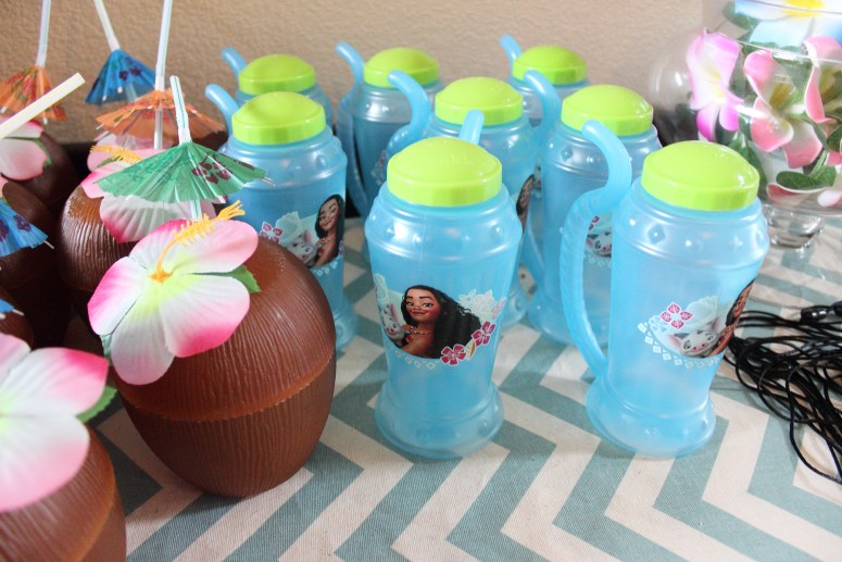moana party favors