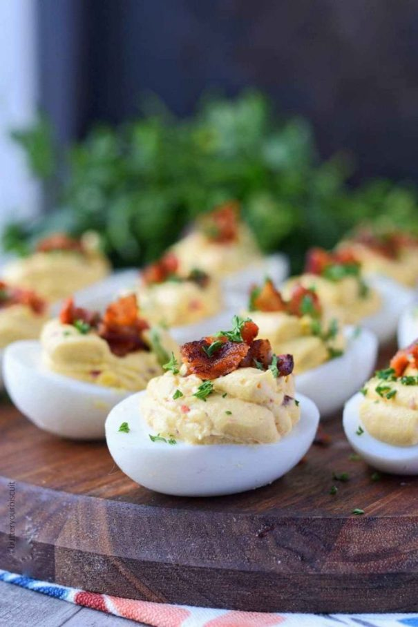 TTwenty (20) amazing Easter Meal Recipes for you to try! Everything from traditional meals with a twist to new recipes that can become a new family favorite for your holiday celebration!