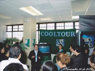 Presentación en UTT en 2005