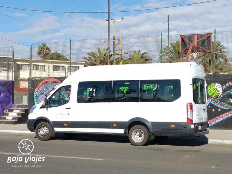 Van Ford Transit 2016, 18 pasajeros. Transporte Turístico en Baja California