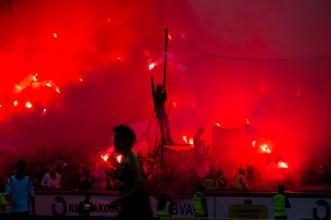 130623 Publik med bengaler i matchen mellan Hammarby och Ängelholm i Superettan i fotboll 23 juni 2013 i Stockholm. ©Andreas L Eriksson