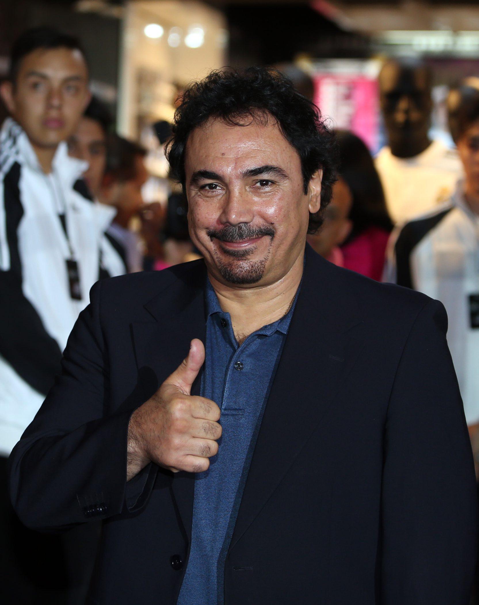 Hugo Sánchez, feliz porque Chicharito aprovecha oportunidad en el Madrid