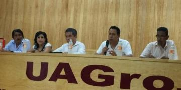 Debaten sobre votar o no en Acapulco 2