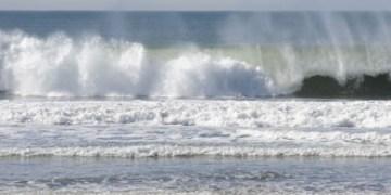 Continua mar de fondo en Guerrero; olas de hasta 3.5 metros 6