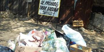 Multan a 40 negocios en Acapulco por arrojar basura en vía pública 2