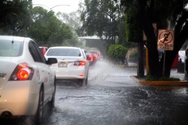 Afecta lluvia circulación vehicular en diferentes puntos del DF 3