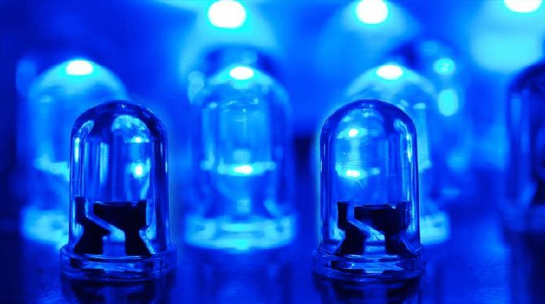 Crean bombillas LED que envían y reciben señales de internet