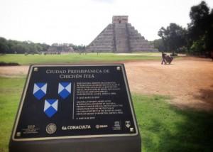 51001166. Mérida, 01 Oct 2015 (Notimex-Cortesía).- Nueve sitios arqueológicos del país reciben el emblema Escudo Azul y quedan inscritos en el Registro Internacional de Bienes Culturales bajo Protección Especial de la UNESCO, hoy en Uxmal. NOTIMEX/FOTO/CORTESÍA/ACE