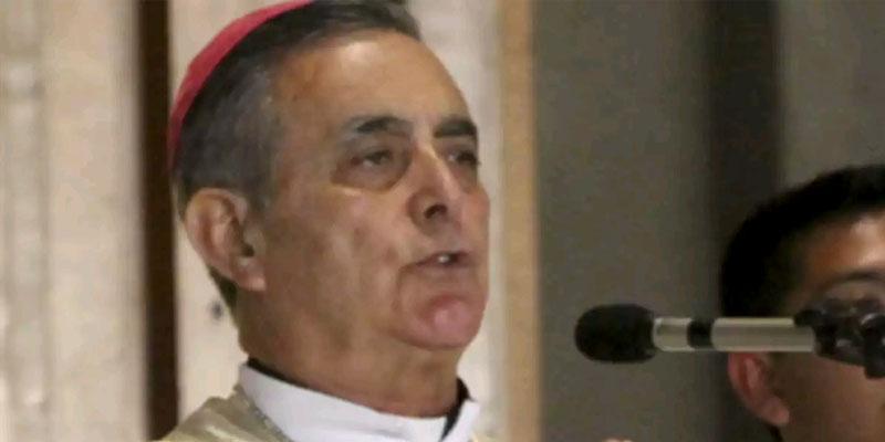 Niños adoptados por parejas gay no serán normales: obispo de Guerrero