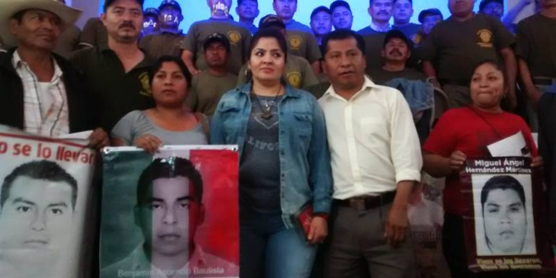 Alista Nestora campaña global para liberar a presos políticos