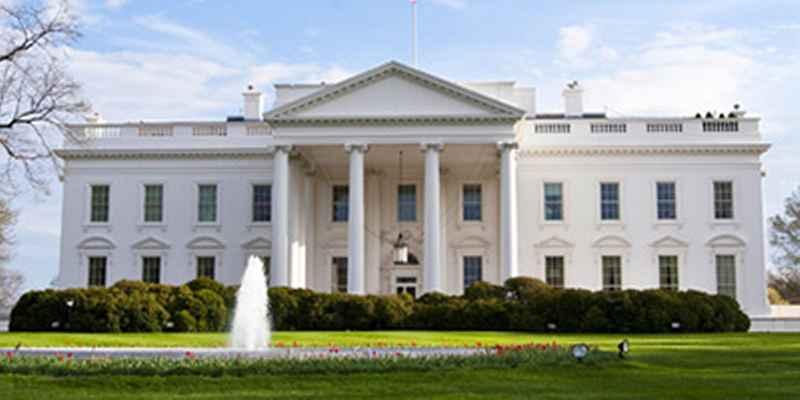 Hackean a empleado de la Casa Blanca