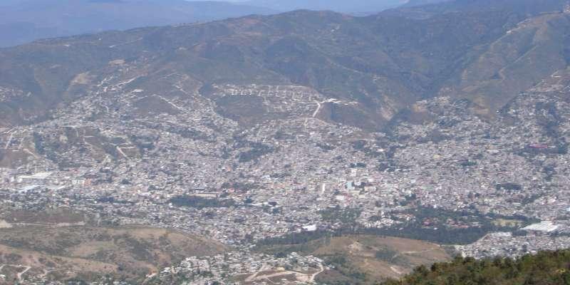 Paran labores maestros de normal en Chilpancingo