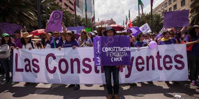 Debaten igualdad de género en próxima Constitución capitalina