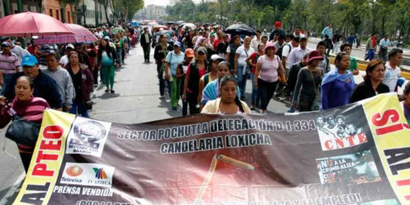 Llaman a detener agresiones a periodistas que cubren a la CNTE