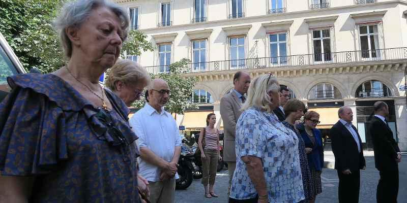 Inciertas las elecciones en Francia por atentados