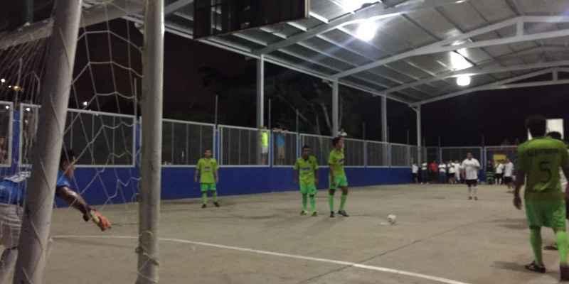 Violencia o futbol advierten jóvenes en Acapulco