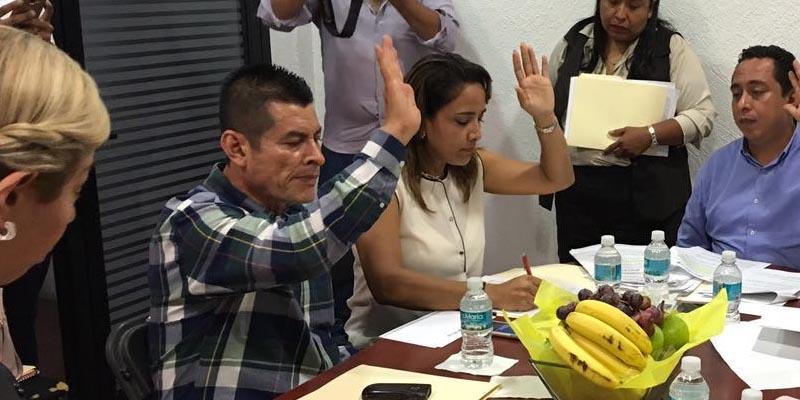 Defiende regidor priista préstamo de Acapulco
