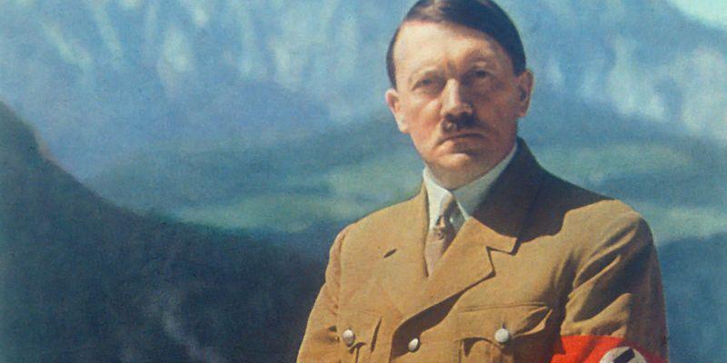 """Australia: nombran """"mejor disfraz"""" a estudiante vestido de Hitler"""