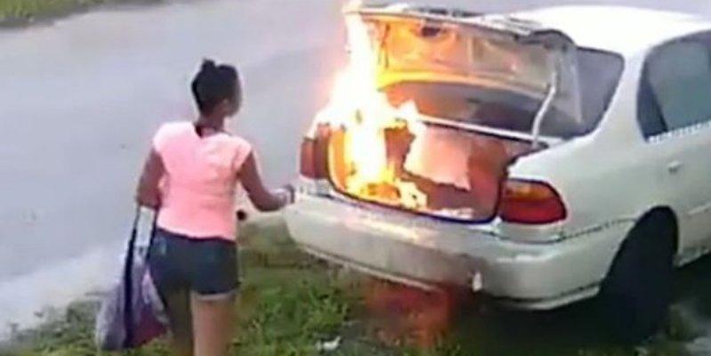 [VIDEO] Vengándose de su ex, incendia el auto equivocado