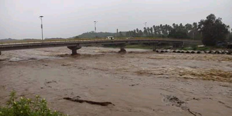 Casas inundadas y desborde de ríos en la Costa Grande de Guerrero