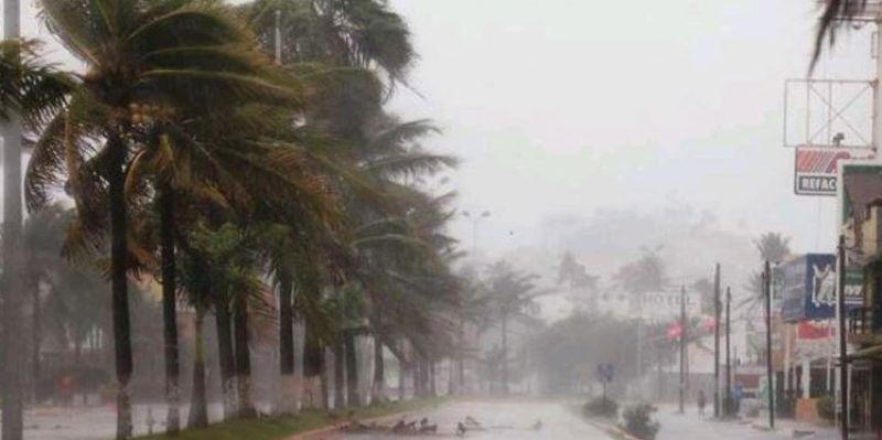 Depresión tropical Roslyn pierde fuerza y se aleja de costas mexicanas