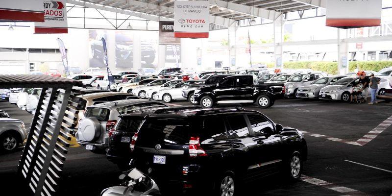 Sancionan a Toyota en México