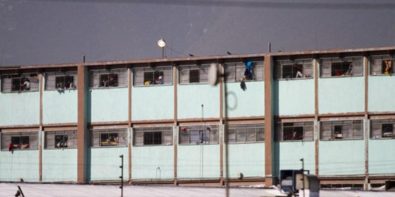 Protestan internos y dañan cámaras de seguridad en penal de Topo Chico