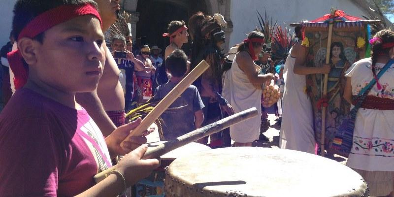 Tambores y plegarias: Foto: Sergio Ferrer