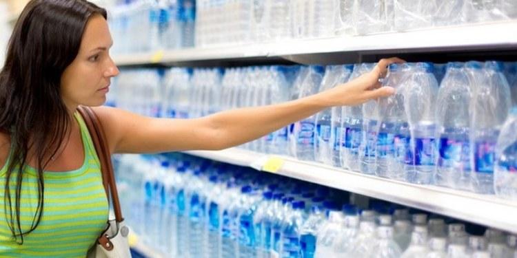Consumo de agua embotellada tiene un fuerte efecto nocivo para el ciclo de la vida 1