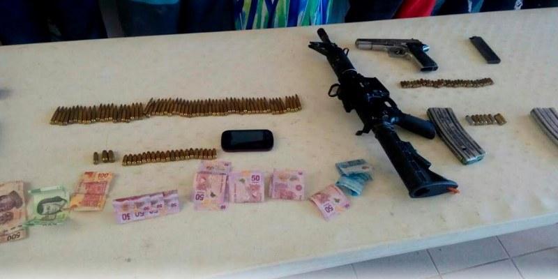 Detienen a 5 y ubican armamento en vivienda de Ixtapa