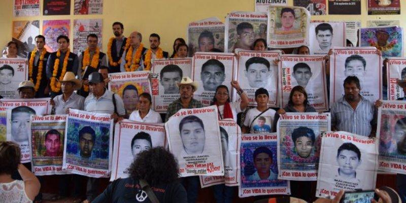 OPINIÓN: las grietas del poder ante desaparición de Ayotzinapa