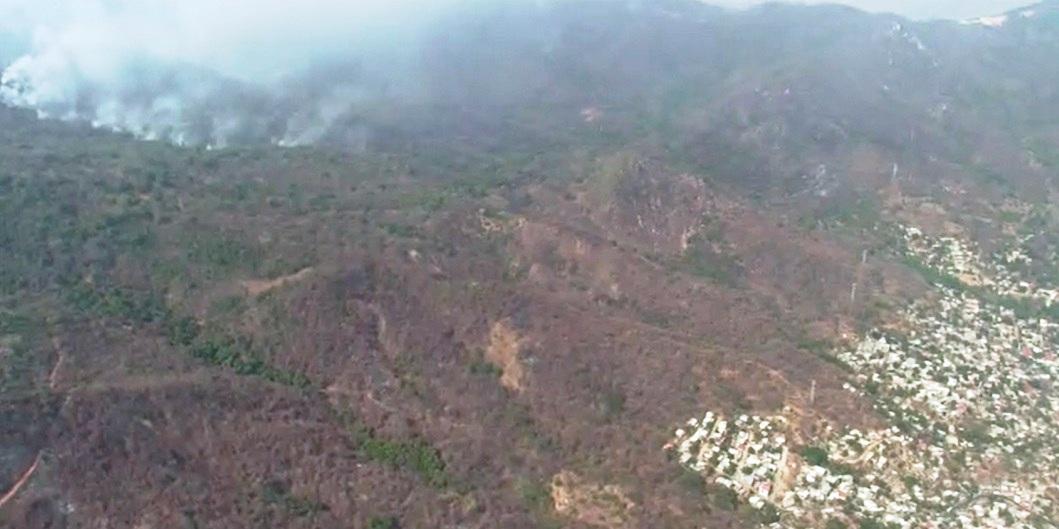 Ocho incendios forestales ahúman Acapulco, reporta PC municipal [VIDEO]