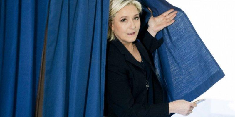 "Le Pen afirma que Macron es ""debilucho"" frente a terrorismo islamista"