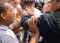 Trabajadores de Morelos exigen mejor salario; les responden con policías 9