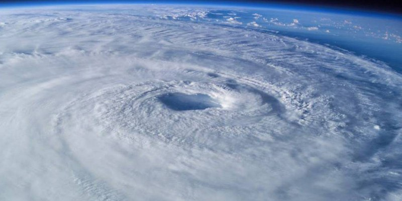 Huracán Dorian sube a categoría 3 en la escala Saffir-Simpson