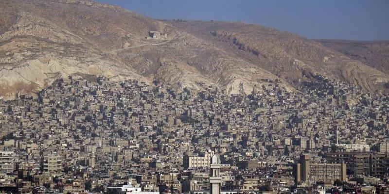 Rusia acusa a EUA de borrar ciudad siria Al Raqa