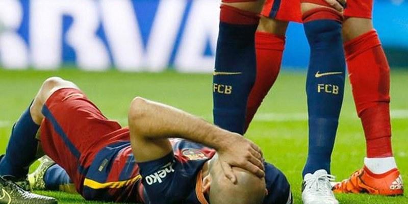 Javier Mascherano, se ausentará por 1 mes debido a lesión