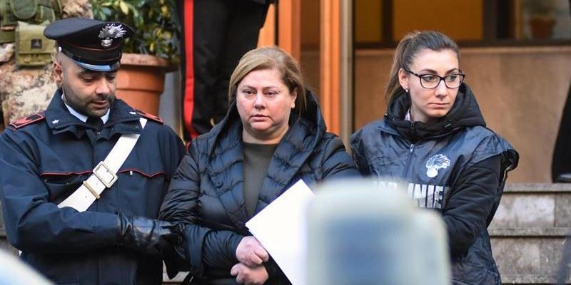 Arrestan a mujer que comandaba clan de mafia siciliana