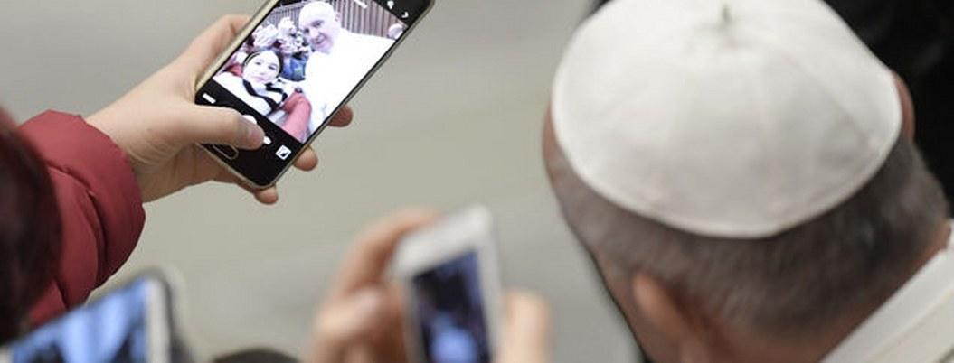 Papa no usa WhatsApp aclara vaticano