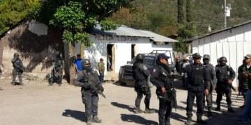 """WOLA califica de """"inadecuado"""" el operativo policial en Cacahuatepec 10"""