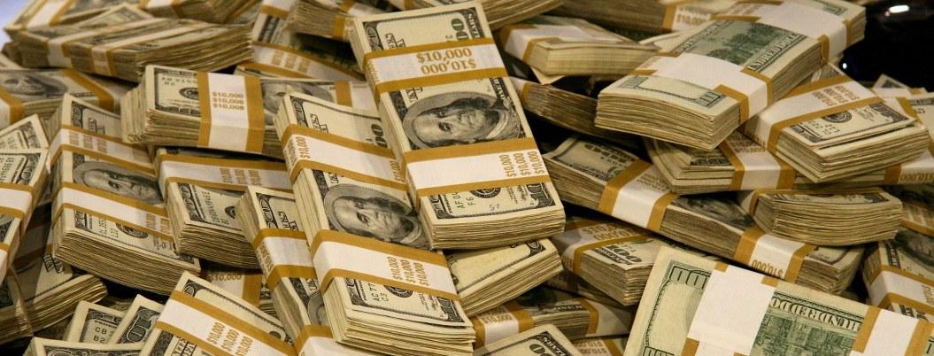 'Se acabó la fiesta': UIF congela más de 12,000 cuentas bancarias