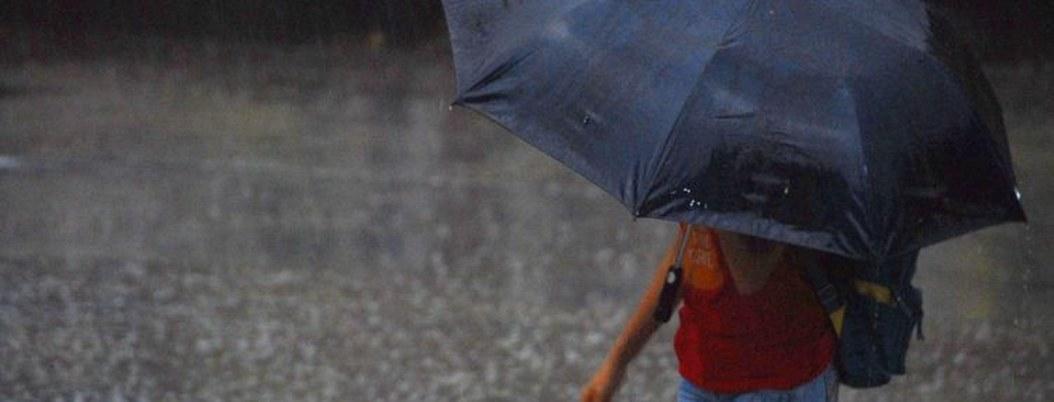 Lluvias fuertes, actividad eléctrica y granizo en gran parte del país